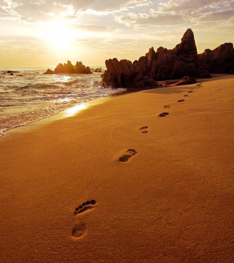 Jejak-kaki-menuju-laut