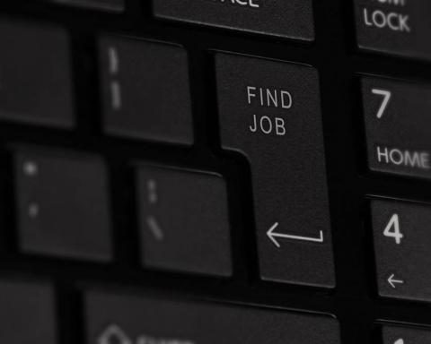 No Discrimination, Eh?; Catatan Penasaran Seorang Jobseeker