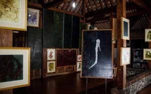 Puisi-Puisi Tia Setiadi (Yogyakarta)