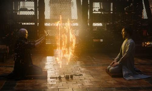 Dimas Kanjeng AA Strange; Review Film Doctor Strange (2016)