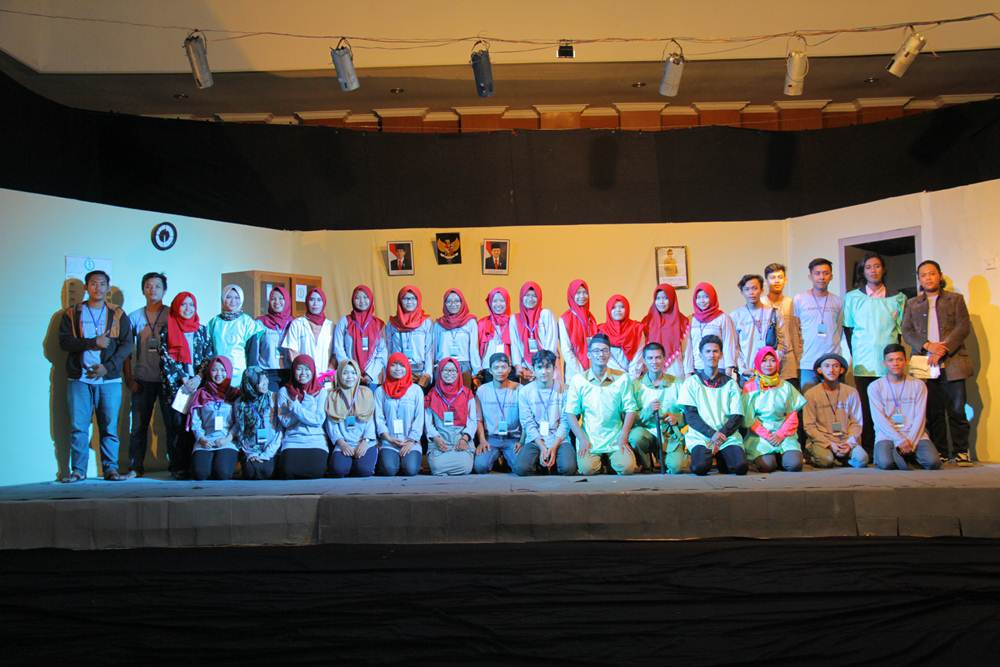 Para Pemain dan Tim Produksi Los Bagados De Los Pencos (dok. Ardy Priyantoko)